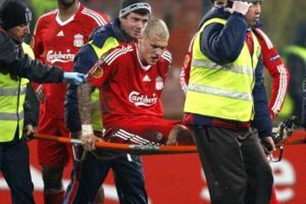 Martin Škrtel zápas s rumunským majstrom nedohral.
