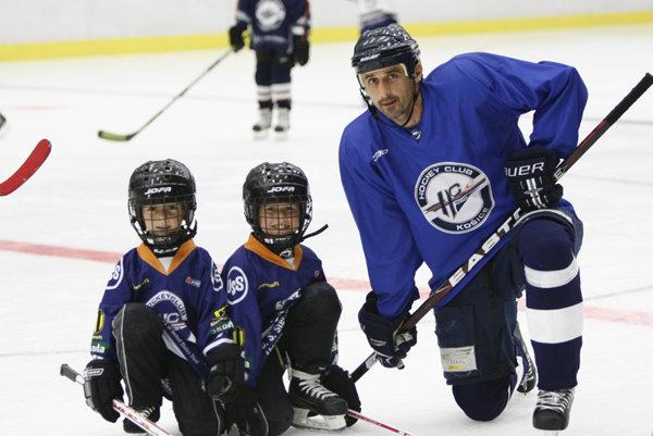 V otcových stopách. Synovia-hokejisti.