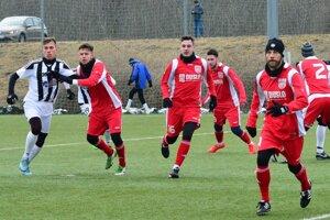 Futbalisti Šale remizovali so štvrtoligovou Myjavou 0:0.