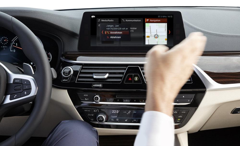 S ovládaním pomocou gest pôvodne prišlo BMW 7.