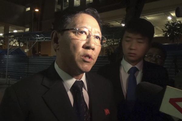 Severokórejský ambasádor v Kuala Lumpure Kang Čchol.