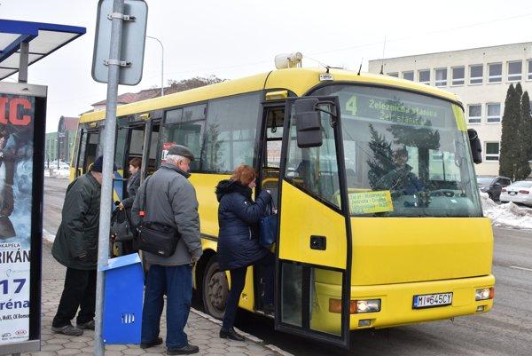 Hlásiče vmestskej doprave. Nainštalované sú už vo všetkých autobusoch.