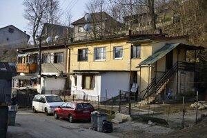 Mesto v predchádzajúcich mesiacoch výskyt čiernych stavieb podrobne zmapovalo.