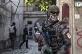 Masky s lebkami, GoPro kamery. V Mósule hľadajú islamistov