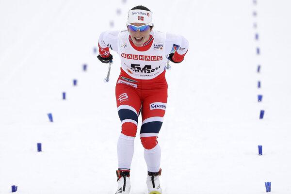 Marit Björgenová prišla do cieľa s úsmevom.