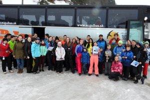 Účastníci slalomu v Litmanovej.
