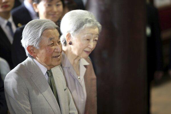 Japonský cisár Akihito a cisárovná Mičiko.