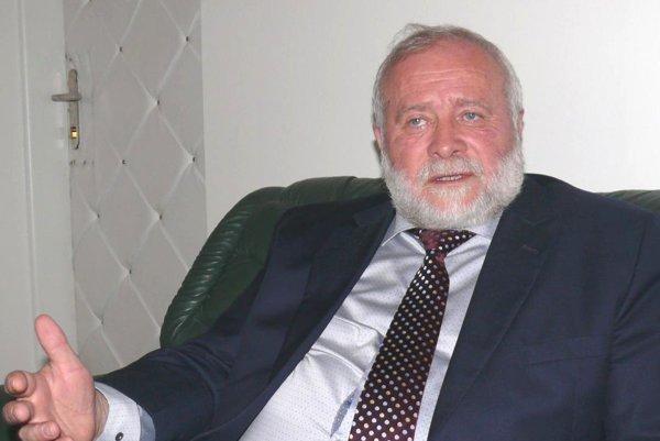 Profesor Peter Bánovčin.
