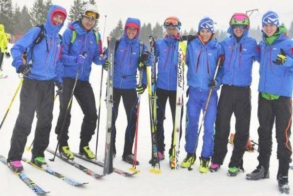 Partia slovenských skialpinistov vTaliansku.