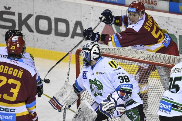 Andrej Šťastný pred gólom na 1:1.