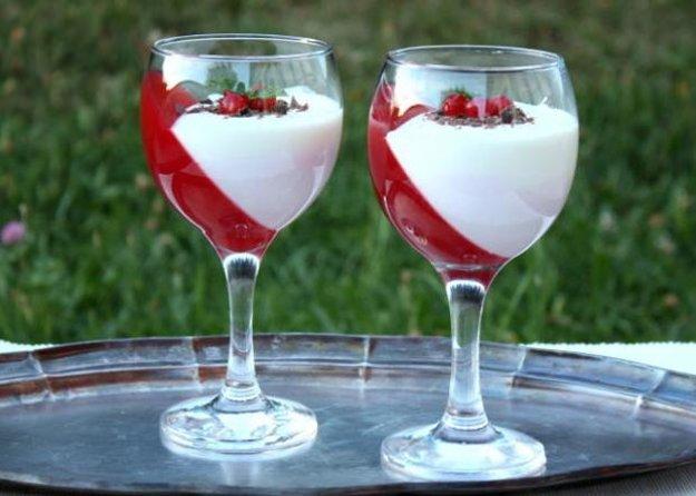 Efektný ovocný pohár