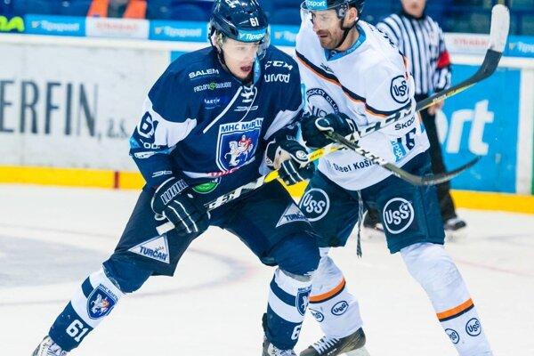 Dnes pokračuje štvrťfinálová séria hokejového play off v Martine.