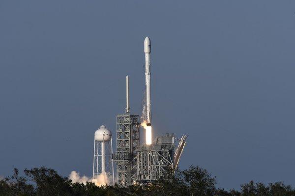 Štart rakety spoločnosti SpaceX.