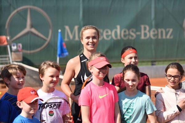 Súčasná desiata najlepšia hráčka rebríčka WTA Elina Svitolinová počas Dňa otvorených dverí.