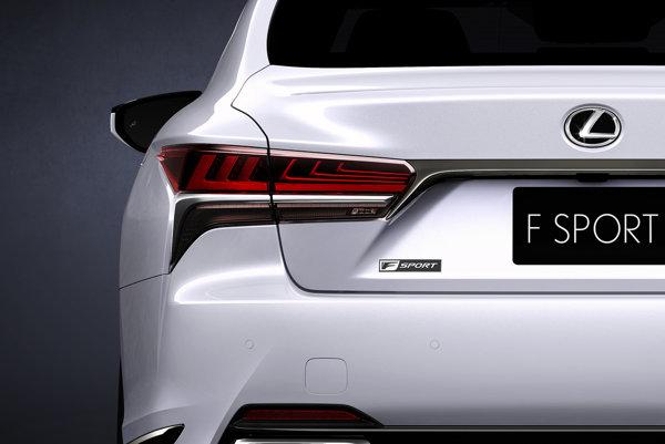 Lexus čoskoro predstaví nový model LS500 F Sport.