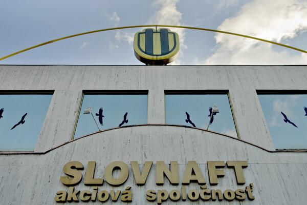 Slovenská rafinérka Slovnaft.