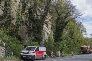 Svah nad frekventovanou Devínskou cestou v Bratislave sa opäť ozýva.
