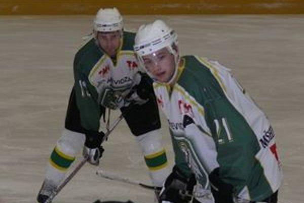 Do prípravy na nový ročník sa zapojili aj Marek Žila (vpravo) a Dušan Žember.