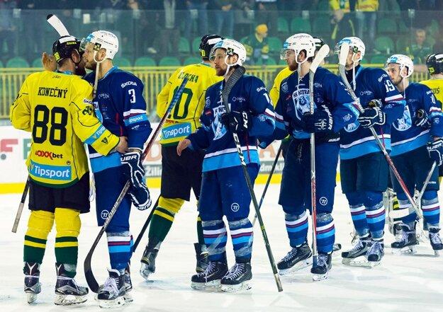 Nitrania po roku opäť vyradili Žilinu výsledkom 4:0 na zápasy. Vlani to bolo vo štvrťfinále, teraz v semifinále.