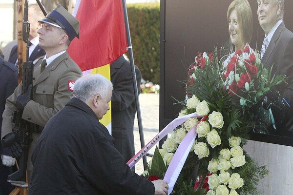 Líder opozičnej strany Právo a spravodlivosť Jaroslaw Kaczynski chce svojmu zosnulému bratovi postaviť pamätník.