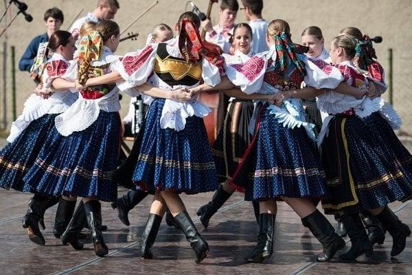 Do Heľpy bude lákať folklórny festival detských súborov.
