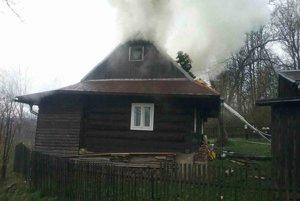 Požiar bol v podkroví.