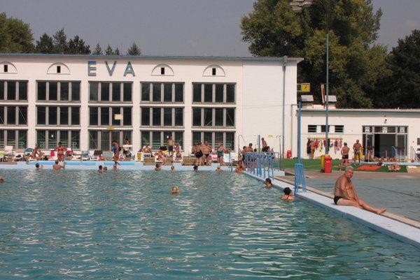 Eva je jediné fungujúce kúpalisko v Piešťanoch.