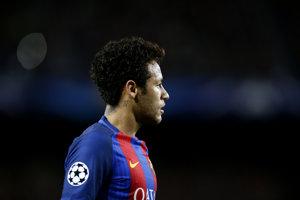 Neymar v Barcelone skončil. Pokračovať bude v PSG.
