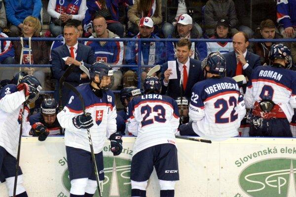 Ľuboš Jakubec (vpravo) bol súčasťou realizačného tímu SR 18. Druhý rok je generálnym manažérom mužstva.