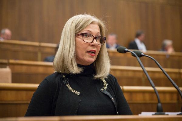 Predchodca podpredsedníčky úradu na ochranu osobných údajov Anny Vittekovej na zahraničné kontroly necestoval.