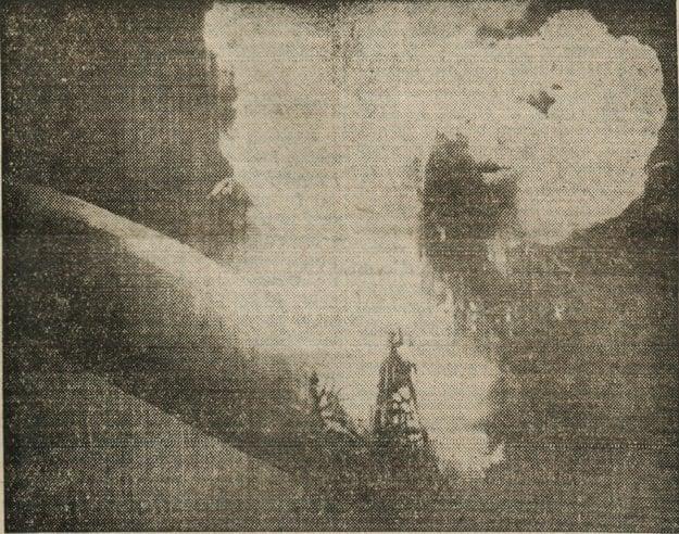 Horiaca vzducholoď na fotografii z dobových novín Kassai Ujság.