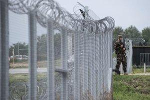 V Maďarsku zadržali skupinu 23 ilegálnych migrantov z Pakistanu