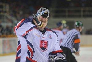 Ján Lašák chytal za národný tím v najúspešnejších rokoch. Na MS vybojoval zlato, striebro aj bronz. Posledné tri sezóny chytá za Liberec.