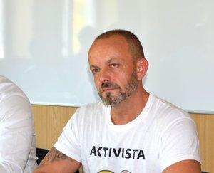 Henrich Burdiga, aktivista.