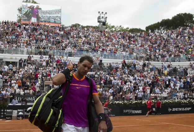 Sklamaný Nadal sa s Rímom lúči predčasne.