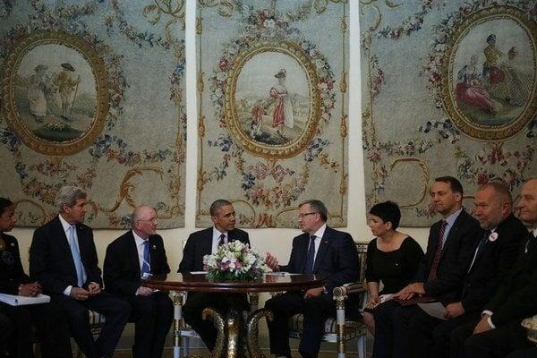 Barack Obama (v strede) sa s lídrami Poľska stretol aj v Belvederskom paláci.