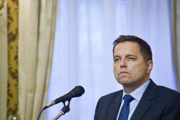 Minister financií Peter Kažimír (Smer).