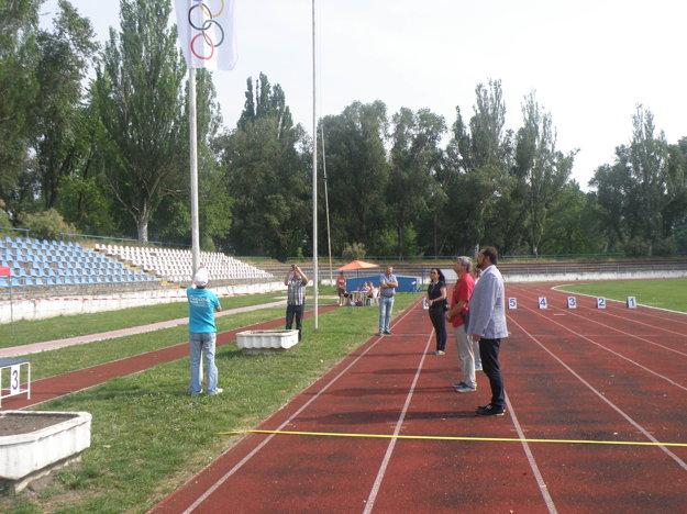 Vztýčenie Olympijskej vlajky