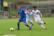 Ivan Šebík (v modrom), autor dvoch gólov.