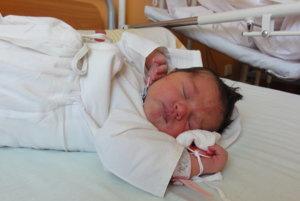 Milica Slováková - Od utorka 16. mája majú  rodičia Beáta a Marián z Čadce- Horelice doma párik.  K ich trojročnému synčekovi Viliamovi  pribudla v tento deň sestrička Milica Slováková (4150 g, 55 cm).  Milica je južnoslovanské meno a jeho význam je