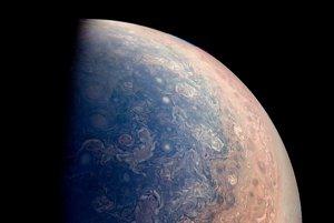 Južný pól Jupitera.