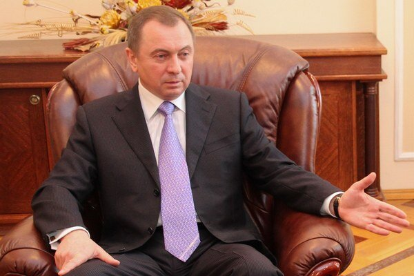 Pozrite sa na zavedenie sankcií proti Rusku. Neporovnateľné. Bielorusko je maličká krajina, Rusko veľká, hovorí Uladzimir Makej.