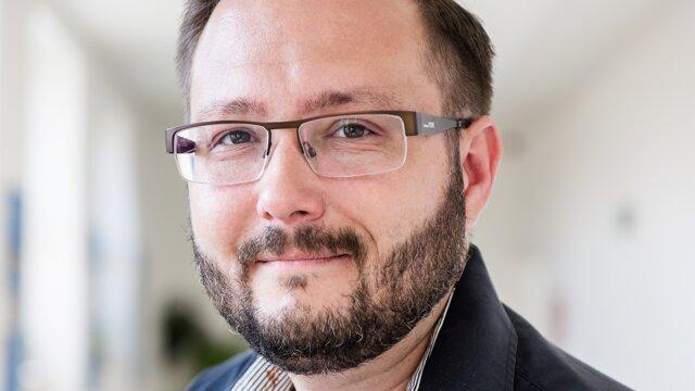 Radomír Masaryk sa zaoberá sociálnou psychológiou, psychológiou trhu a zdravia. Prednáša na Fakulte sociálnych a ekonomických vied Univerzity Komenského v Bratislave. Publikoval knihu Erektilná dysfunkcia: príbeh diagnózy (2016), viedol výskumné projekty Kvalita sexuálneho života (2000, 2003, 2008, 2012).