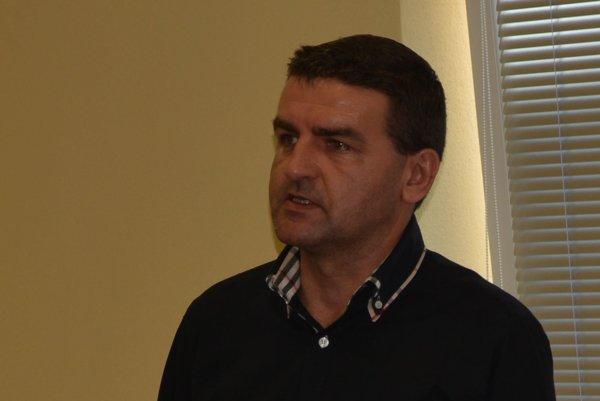 Ján Letko prednášal sekretárom oblastných futbalových zväzov.