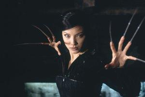 Kelly Hu ako Deathstrike tiež vo filme X-Men 2.
