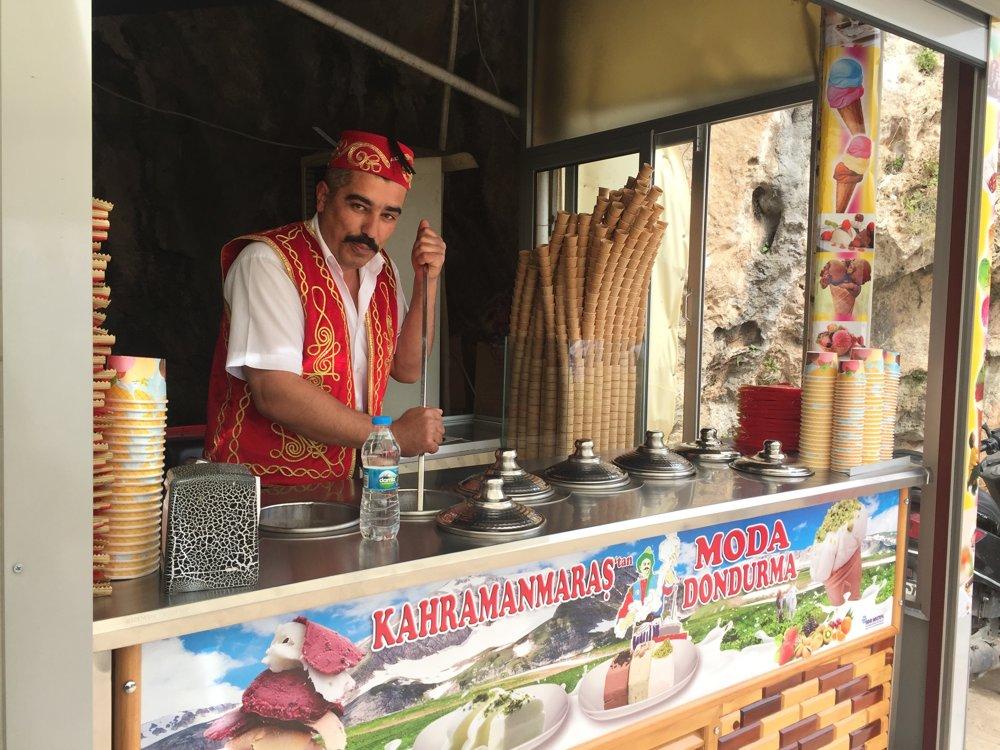 Turecký predavač zmrzliny