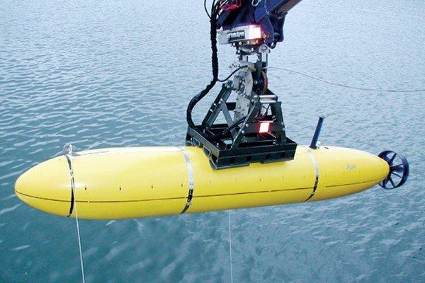 Automatická ponorka Bluefin 21.