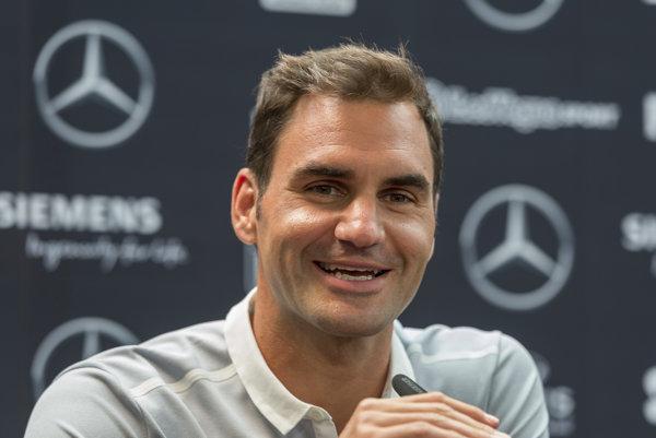 Roger Federer si oddýchol od súťažného diania.