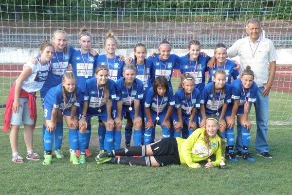 Žiačky FC Union Nové Zámky