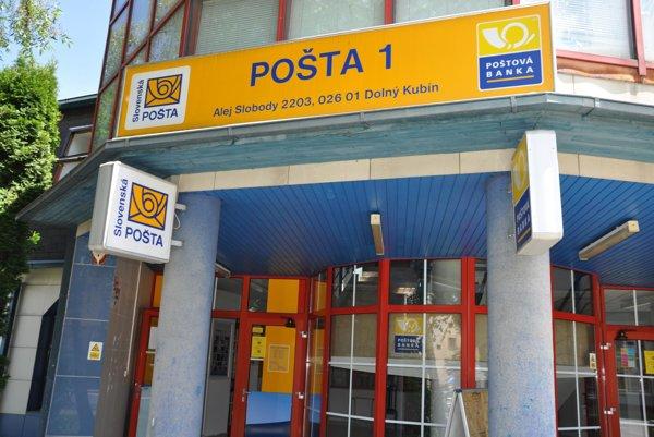 Dolnokubínska pošta bola počas prehľadávania zatvorená.